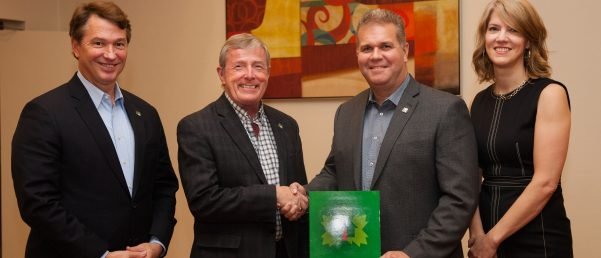 CHBA-BC and CHBA-NL Sign MOU to Deliver Training